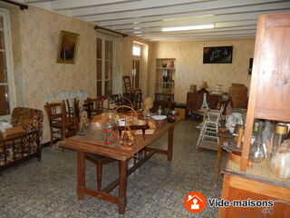 Photo du vide-maison Vide-maison, meuble, bibelots ,