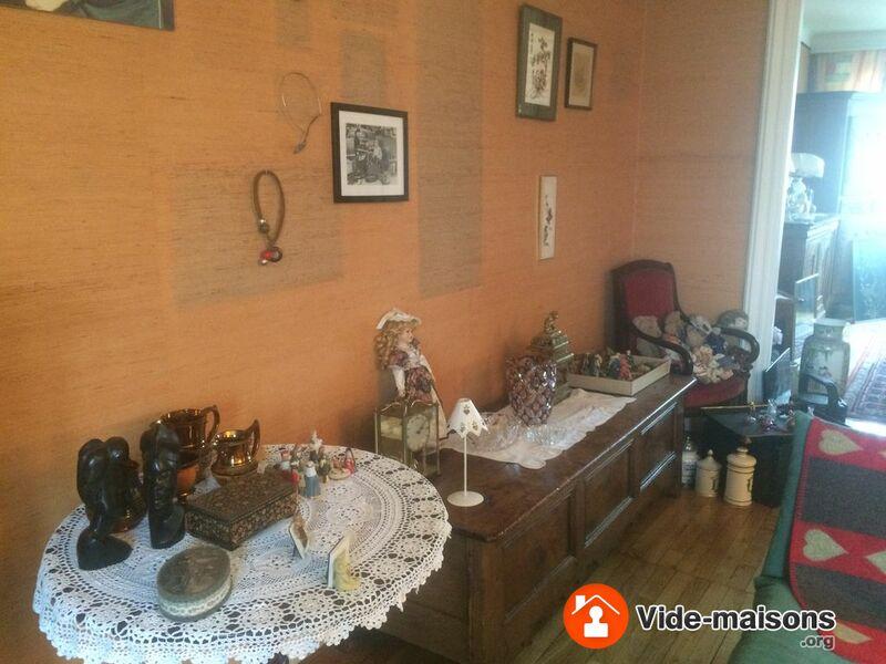 photo du vide maison vide maison meubles bibelots livres etc corlay 22. Black Bedroom Furniture Sets. Home Design Ideas