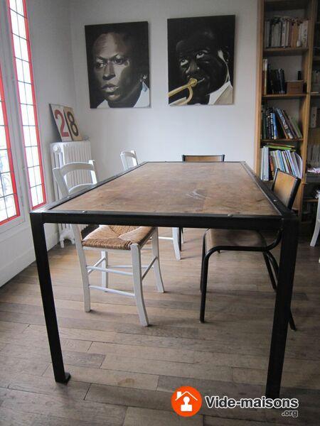 photo du vide maison vide maison meubles luminaires quipements ext rieurs. Black Bedroom Furniture Sets. Home Design Ideas