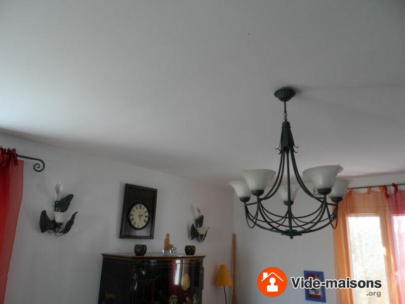 photo du vide maison vide maison poisy 7mn d 39 annecy du 13 au 16 avril inclus. Black Bedroom Furniture Sets. Home Design Ideas