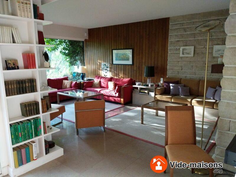 photo du vide maison vide maison total tout doit disparaitre. Black Bedroom Furniture Sets. Home Design Ideas